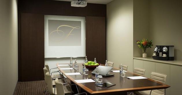 Bathurst Boardroom