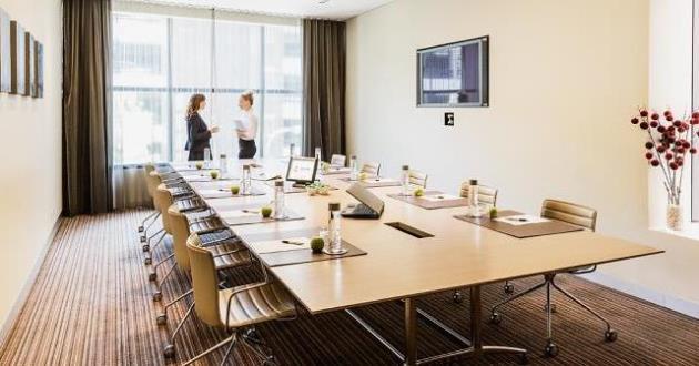 8-22 Person Boardroom