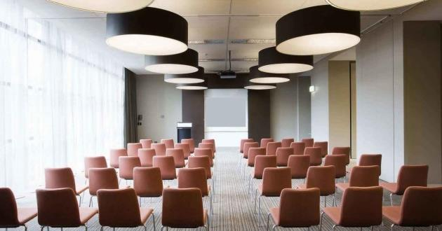 Kent 2 Flexible Meeting Space for up to 90 People