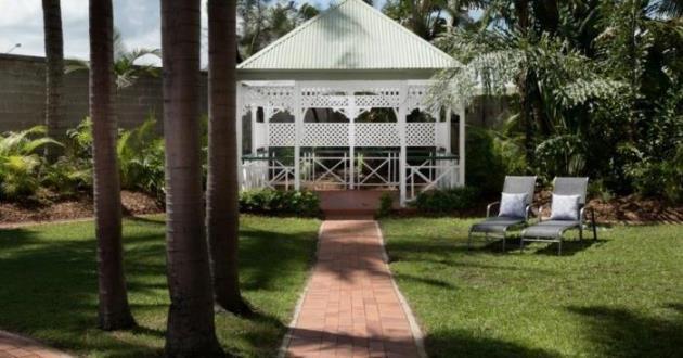Tropical Poolside Garden