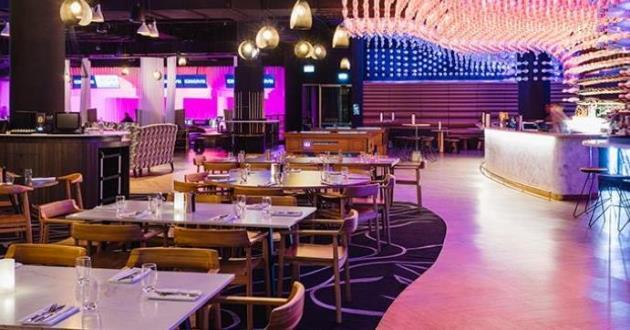 Stylish and Expansive Entertainment Venue - Social Hub