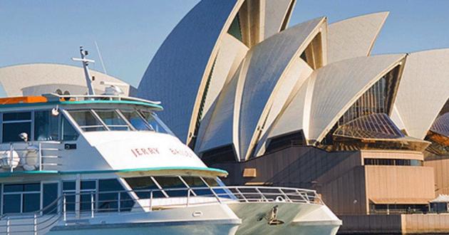 Sydney Harbour Grandeur Boat Space