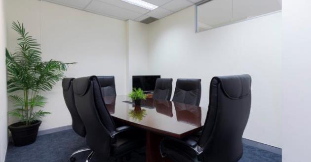 6 Seater Boardroom in Varsity Lakes