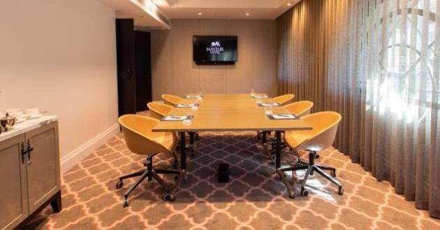 The Topaz Function Room