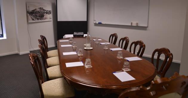 12 Person Professional Boardroom