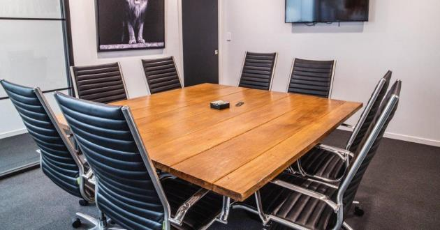 8 Seater Exclusive Boardroom