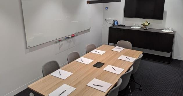 The Meeting Room 1