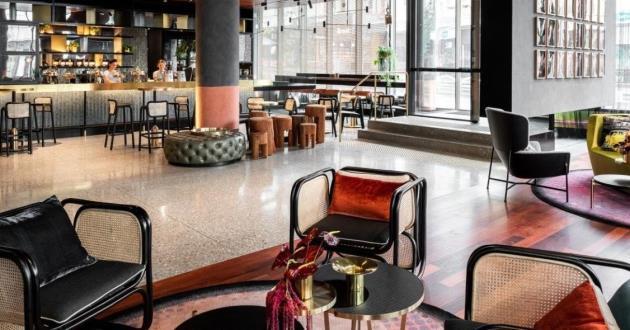 QT Lobby Bar
