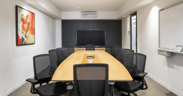 Kerferd   12 Person Meeting Room