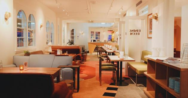 Carlotta's Lounge