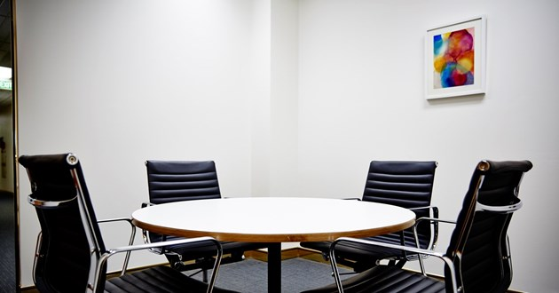 4 Person Meeting Room (Ruby)
