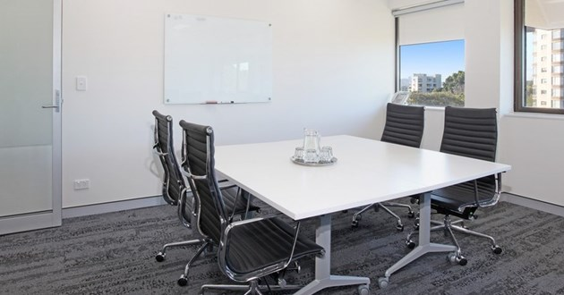4 Person Meeting Room with View (Sapphire B)