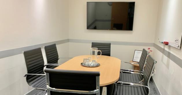 6 Person Meeting Room in Sydney CBD (Meeting Room 6)