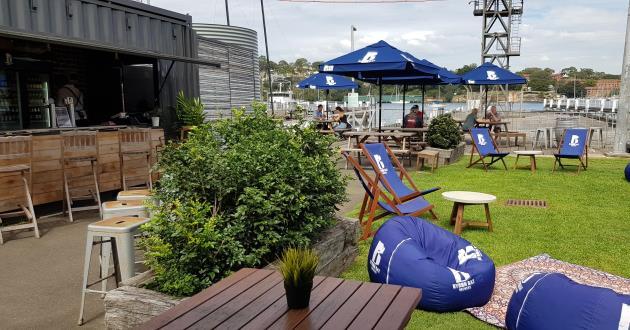 Marina Cafe & Bar