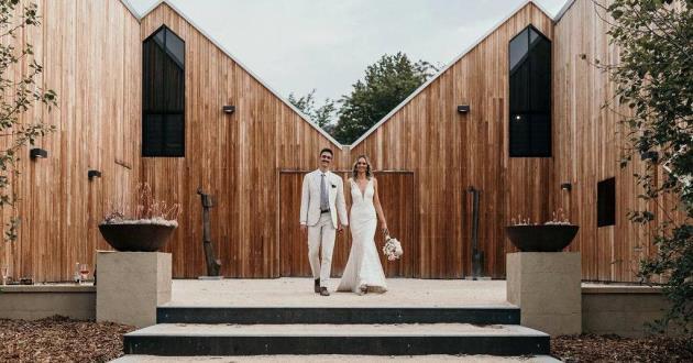 The Woodhouse (Wedding)