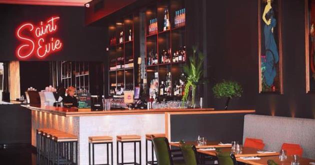 Saint Evie Bar