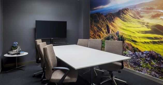 Hawkes Bay   6 Person Meeting Room