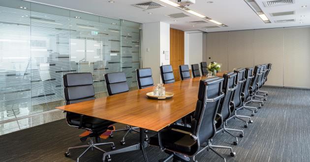 Everest | 18 Person Boardroom