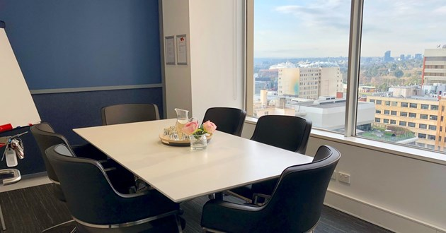 Professional 6 person Meeting Room in Melbourne CBD(L15 M4)