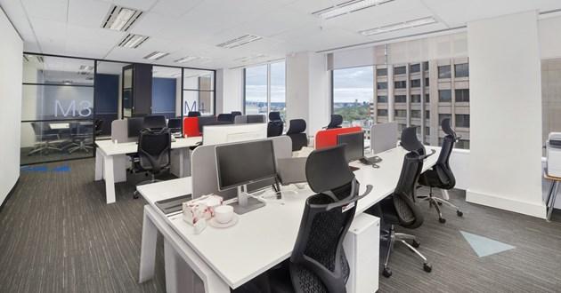 Professional Hot Desk in Melbourne CBD
