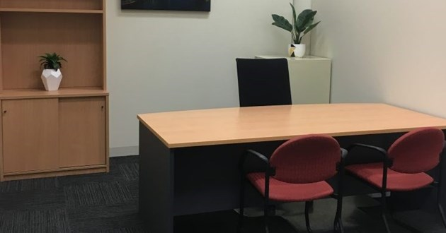 2 person Meeting Room in Caufield