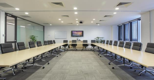Spacious 20 Person Boardroom by Central Station