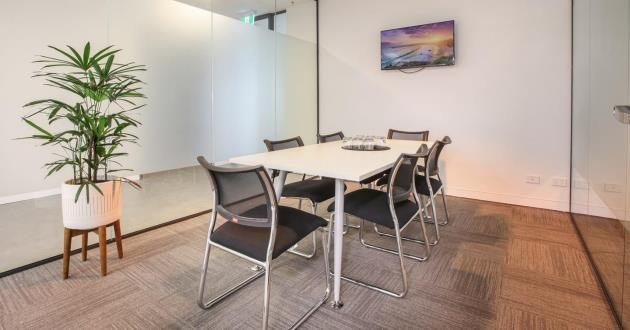 A professional 4 person meeting room in the heart of the CBD