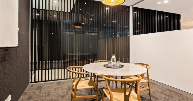 4-6 Person Meeting Room in Wynyard (King Bee)