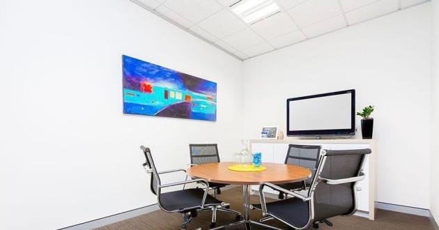 4 Person Meeting Room in the CBD (D)