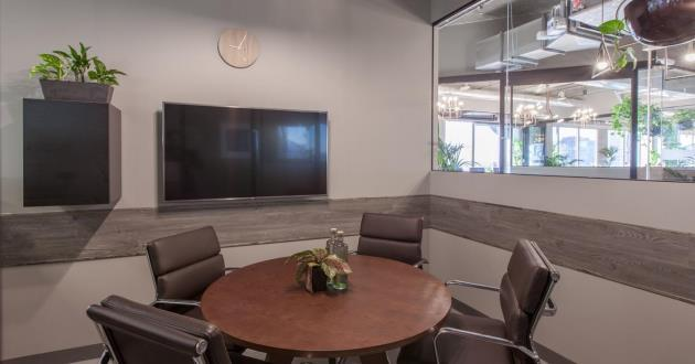 The Gallery Meeting Room in Melbourne CBD - 4 Pax
