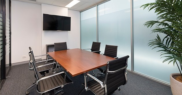 6 Person Meeting Room in Greenslopes