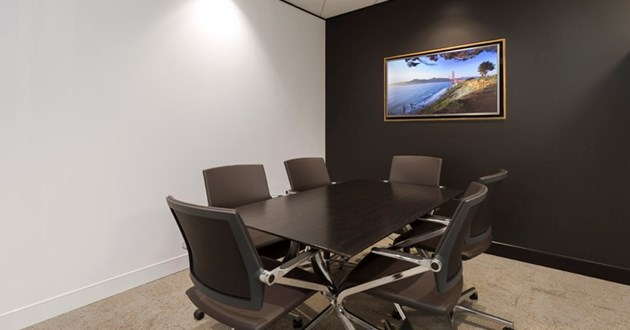 6 Person Meeting Room in Brisbane CBD Eagle St