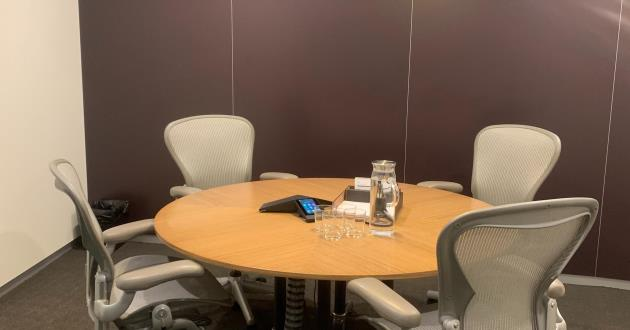 4 Person Meeting Room in Sydney