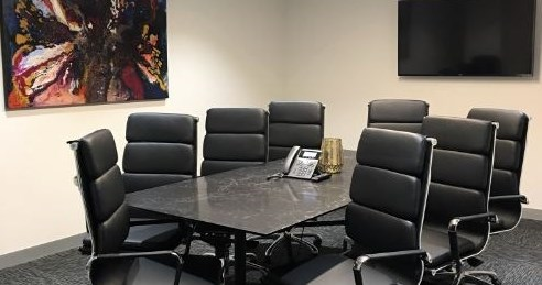 Tiger - Meeting Room for 8 People at Box Hill
