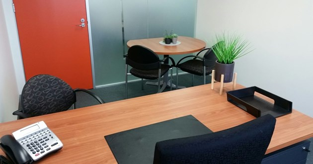 3 Seater Meeting Room