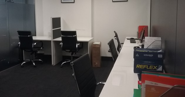 8 Hot Desks in Heart of CBD