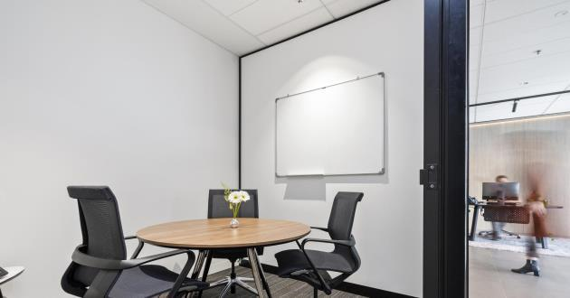 Little Collins   3 Person Meeting Room