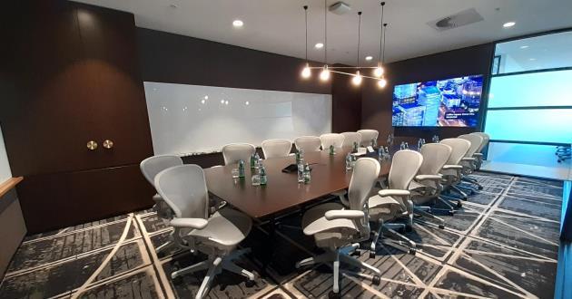 16 Person Modern Boardroom