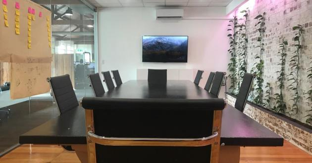 10 Seater Professional Boardroom for Meetings and Workshop