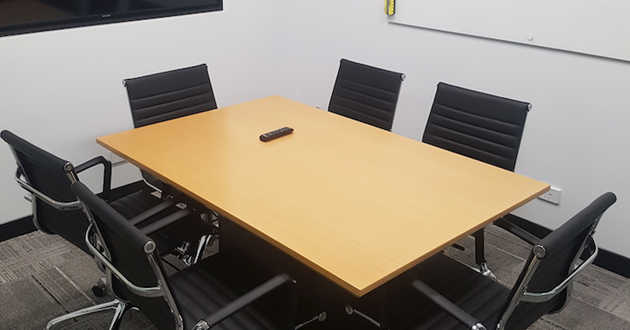 6 Person Meeting Room in Milton
