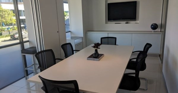 A Modern 6 Seater Boardroom