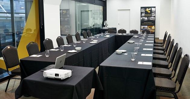 20 Person Meeting Room (Atrium)