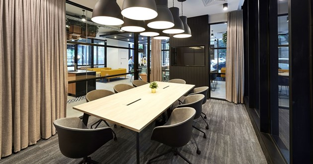 8 Pax Boardroom w/ Natural Light & Breakout Lounge