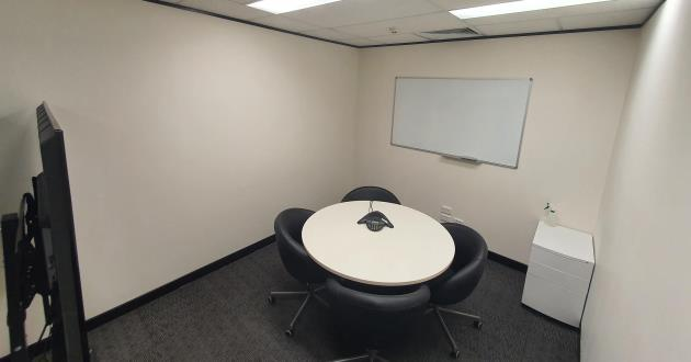 4 Person Meeting Room in North Sydney