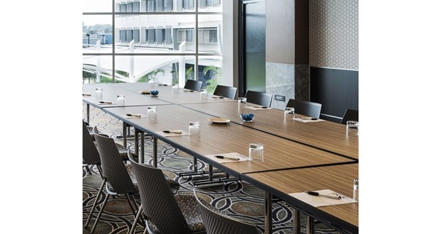 Light-filled Meeting Space for 24 (TR1)
