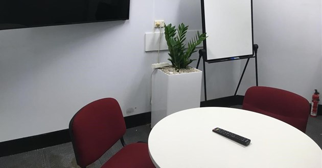 Meeting Room for 4 in CBD