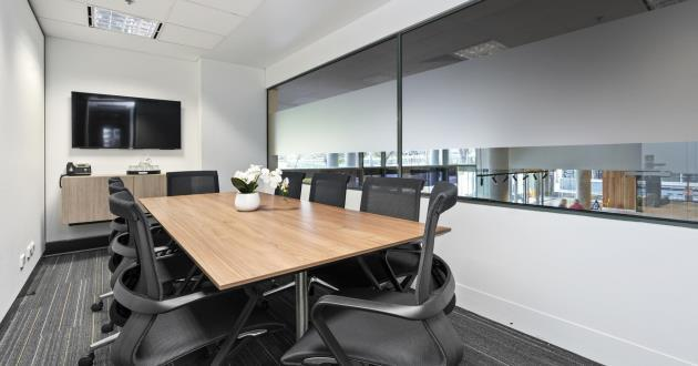 King   8 Person Meeting Room