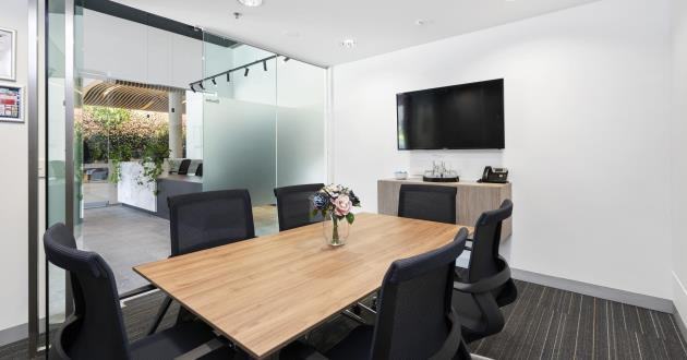 Bourke   6 Person Meeting Room