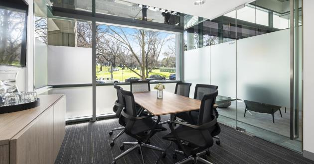 Collins   6 Person Meeting Room