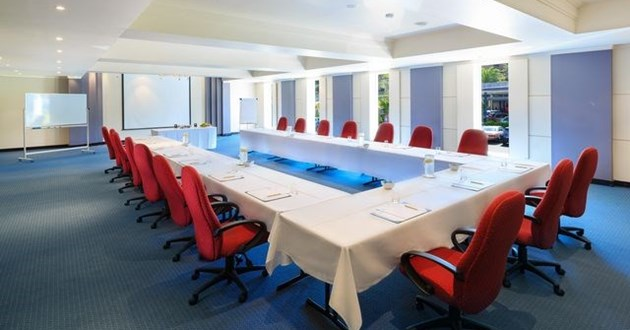 Light-filled Meeting Space (Bayview)
